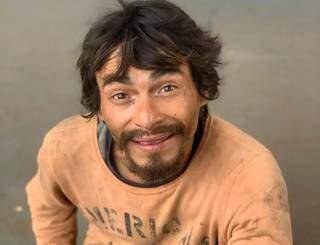 """Claudio Lopes era conhecido como """"Pássaro Louco"""". (Foto: Direto das Ruas)"""