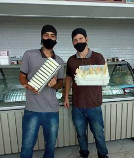 Guilherme Matos e Marcelo Malagutti são os sorveteiros da Cacimba. (Foto: Divulgação)