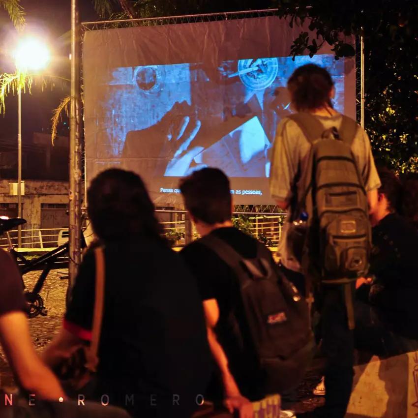 Cinco parques da cidade vão receber cinema e oficina gratuitos
