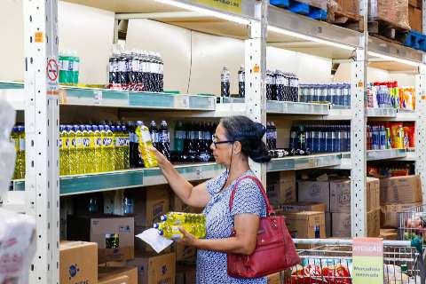 Pesquisa de preço revela item da cesta básica por mais que o dobro do valor