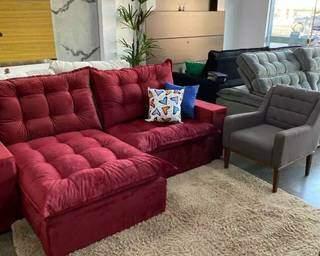 Sofazão Havana, de 2.50 metros, em um tom vermelho, que é tendência. (Foto: Divulgação)