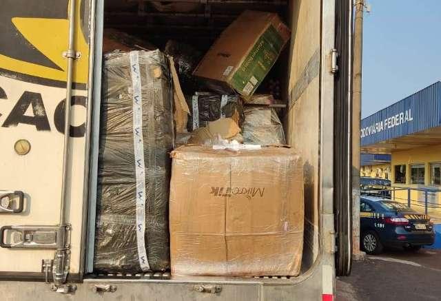 Em apoio à PF, policiais rodoviários apreendem R$ 1 milhão em contrabando
