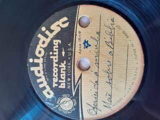 Disco contém música que Lídia fez de homenagem para mãe. (Foto: Arquivo Pessoal)