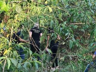 Polícia fez diligências no local. (Foto: Ana Beatriz Rodrigues)