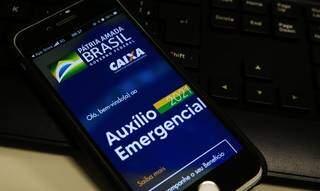 Beneficiário pode acompanhar movimentação em aplicativo de celular (Foto: Agência Brasil)