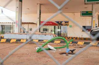 MP denunciou contaminação do solo e de recursos hídricos no entorno de posto. (Foto: Henrique Kawaminami)