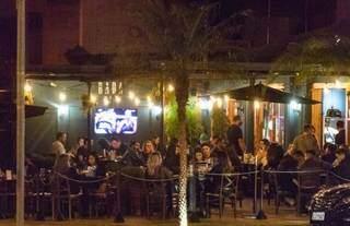 Bar em Campo Grande lotado durante o periódo de pandemia. (Foto: Arquivo/Campo Grande News)