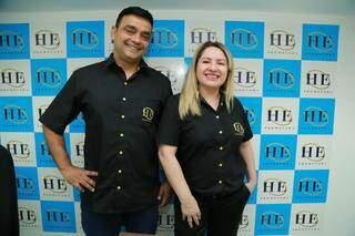 Hipólito e Edi, proprietários que há anos transformam vidas com a HE Promotora. (Foto: Kísie Ainoã)