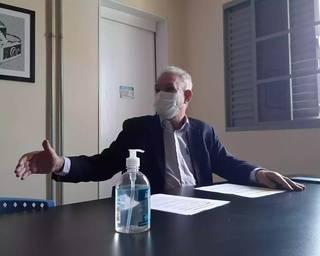 Geraldo Resende visitou o Campo Grande News nesta sexta e falou sobre o Dia D e importância do mutirão que vai intensificar vacinação. (Foto: Idaicy Solano)