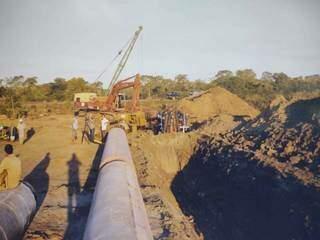 Na obra do gasoduto Brasil-Bolívia, orientação era demitir quem se envolvesse com a comunidade. (Foto: Wilson Aquino)