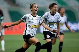 Gabi Portilho comemora gol na primeira partida da final entre Palmeiras e Corinthians (Foto: Rebeca Reis e Livia Villas Boas/Staff Images Woman/CBF)