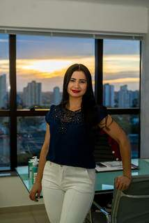 Jozi Costa conceituada esteticista da cidade e criadora de uma técnica referência na área de micropigmentação. (Foto:Divulgação)