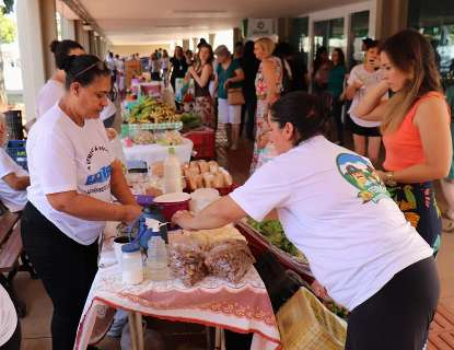 Feirinha com hortaliças da UFMS muda de horário por conta do calor