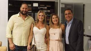 Foto: Danilson Charro, Evelyn Charro e família Delmondes (Foto: Divulgação)