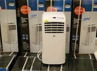 Ar-condicionado portátil é opção prática. (Foto: Kísie Ainoã)