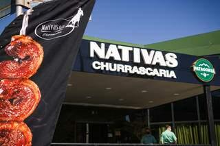 A Nativas Grill Premium fica localizada na Avenida Afonso Pena, 5468, Bairro Chácara Cachoeira.