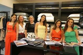 Noite contou com sessão de autógrafos da arquiteta Luciana Eidt (Foto: Divulgação)