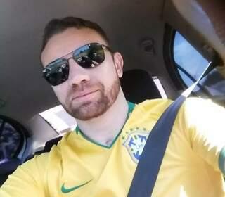 Policial Federal, Eder Carlos Moura Candado, vítima do acidente na BR-163. (Foto: Reprodução/Facebook)