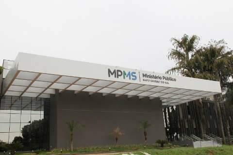 Membros e servidores do MP protestam contra PEC que limita atuação do órgão