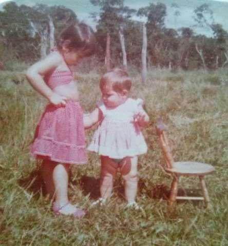 Mande foto de quando era criança e conte onde gostava de brincar