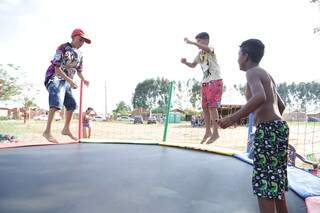 Meninos da antiga favela Cidade de Deus se divertiram no evento. (Foto: Kísie Ainoã)