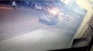 Reprodução de imagem do momento de chacina em Pedro Juan. (Foto: Reprodução)