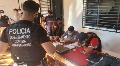 """Polícia paraguaia prende """"olheiro"""" que seguiu alvos de chacina com 4 mortos"""