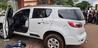 SUV onde estavam as vítimas da chacina, crivada por tiros de fuzil. (Foto: ABC Color)