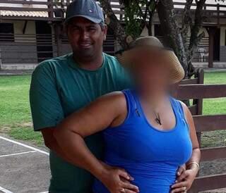 João Vitor, principal suspeito do crime, em foto com a esposa. (Foto: Divulgação/Campo Grande News)