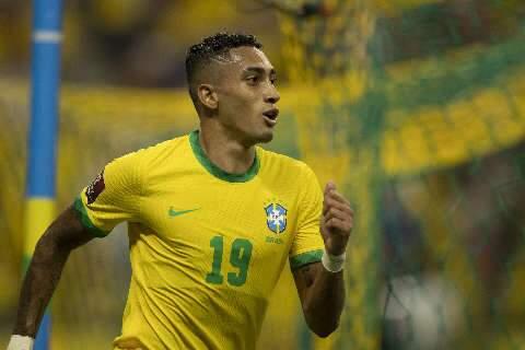 Raphinha brilha na goleada de 4 a 1 do Brasil sobre o Uruguai