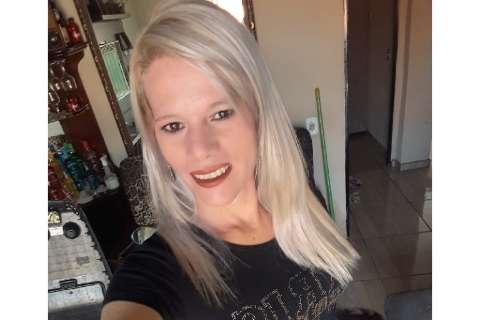 """Transexual é morta a facadas e namorado foge após mandar mensagem: """"adeus, luto"""""""