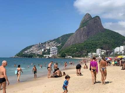 Com tudo liberado, Rio já vende ingressos para o Carnaval 2022