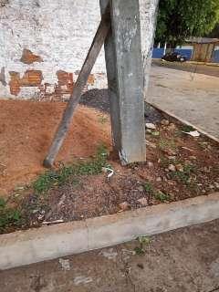 Temporal danificou pelo menos 100 postes de energia em Campo Grande