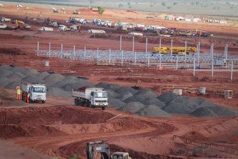 Produção de 2,3 milhões de toneladas de celulose põe Ribas na rota da exportação