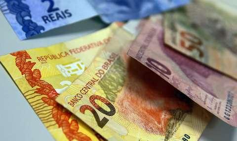 Maioria dos leitores acha que novo Bolsa Família de R$ 400 ainda é pouco