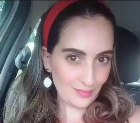 Advogado acusado de matar ex-líder do PSL degolada é solto com tornozeleira
