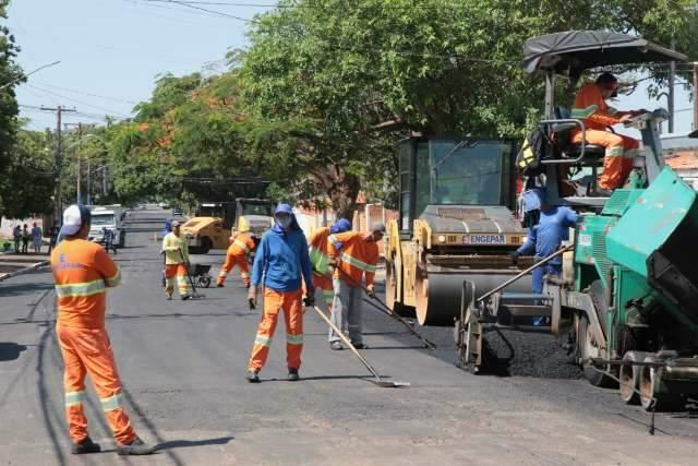 Ruas do Maria Aparecida Pedrossian e Centro são recapeadas