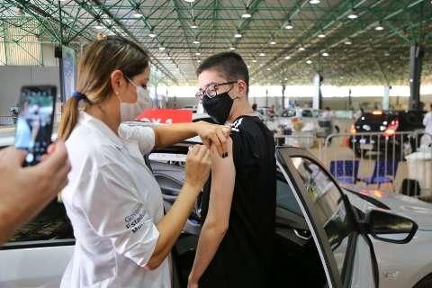 Vacinação de 1ª a 3ª dose terá 22 locais na Capital
