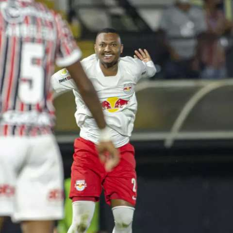 Ceni sofre 1ª derrota com São Paulo, time perde embalo e empaca na tabela