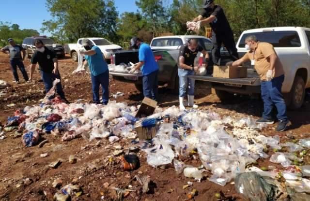 Polícia apreende quase 1 tonelada de carne imprópria para consumo