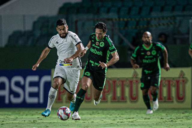 Goiás abre o placar, mas cede empate para o Botafogo