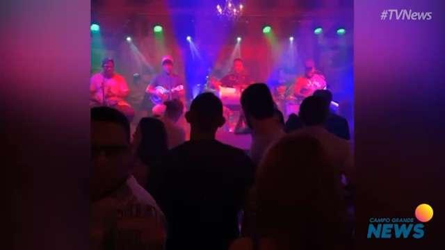 Leitores flagram aglomeração em bares e casas noturnas da Capital